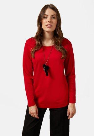 MIT LANGER HALSKETTE - Camiseta de manga larga - red