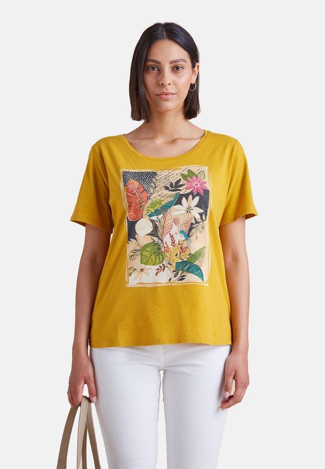 MIT AUFDRUCK - Print T-shirt - giallo