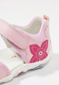 Elefanten - POLLY - Sandals - rose - 2