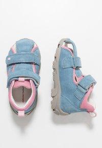 Elefanten - FRAPY - Baby shoes - light pink/blue - 0