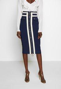Elisabetta Franchi - Pouzdrová sukně - dark blue/off-white - 0