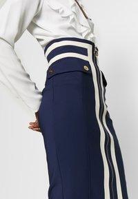 Elisabetta Franchi - Pouzdrová sukně - dark blue/off-white - 4