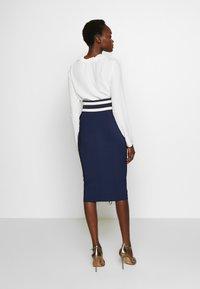 Elisabetta Franchi - Pouzdrová sukně - dark blue/off-white - 2