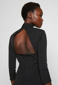 Elisabetta Franchi - Vestido de tubo - nero - 4