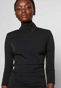 Elisabetta Franchi - Vestido de tubo - nero - 7