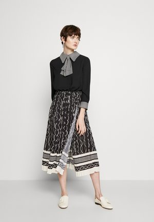 2-IN-1 - A-line skirt - nero/burro