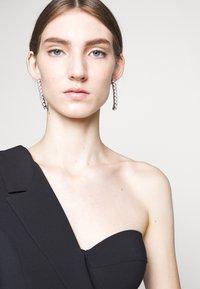 Elisabetta Franchi - Fodralklänning - nero - 4