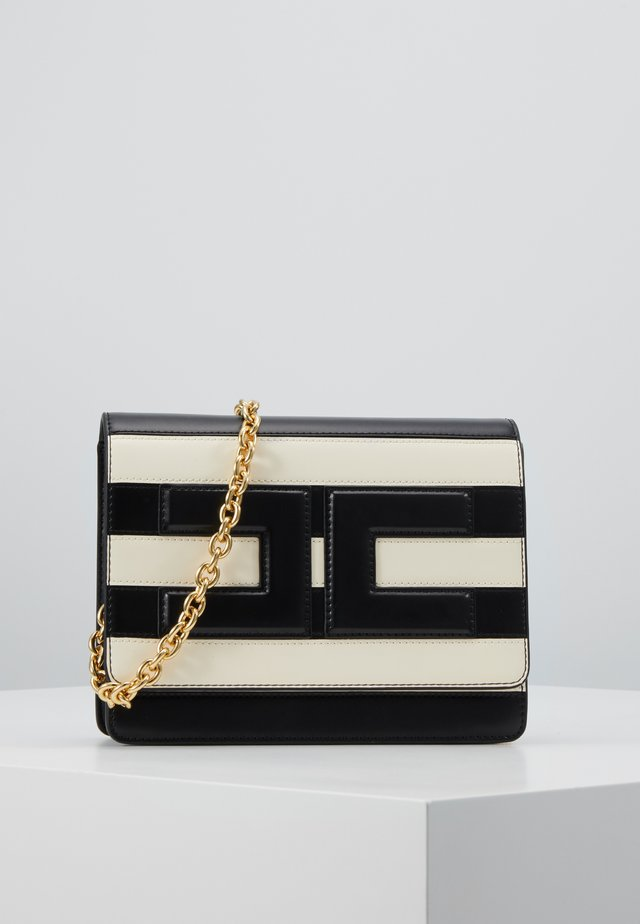 STRIPE WITH CHAIN STRAP - Across body bag - nero/burro