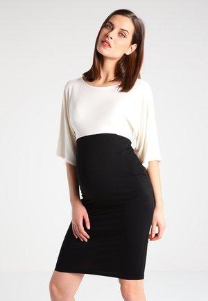 NYLA - Jerseykjoler - off white