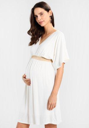 FELICIA - Žerzejové šaty - off white