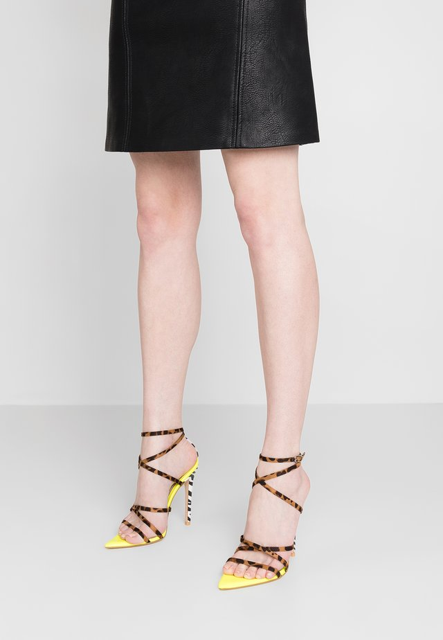 RAJA - Sandaler med høye hæler - yellow