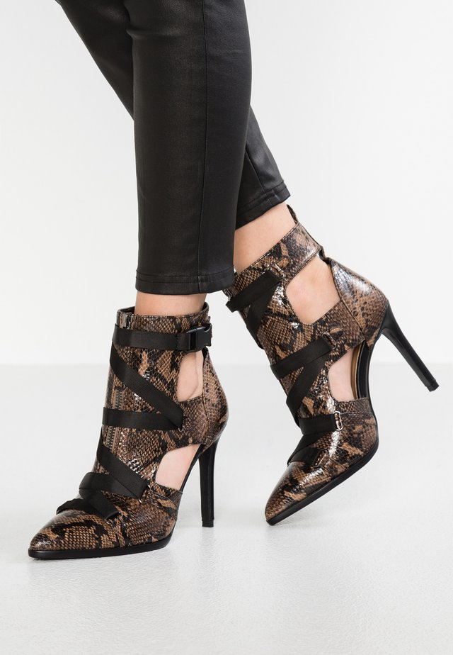 ALESSIA - High Heel Sandalette - brown