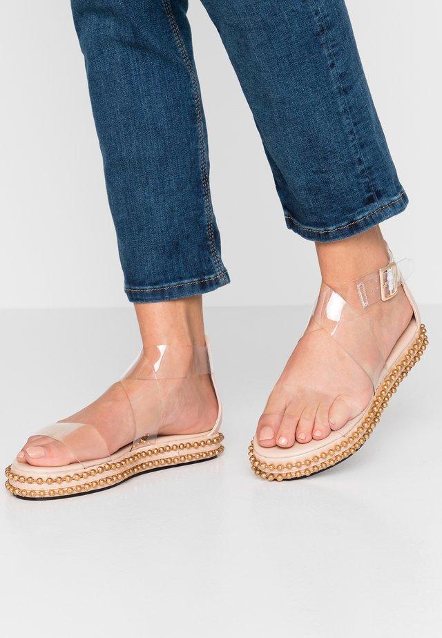 CAPRI - Sandalen met plateauzool - nude