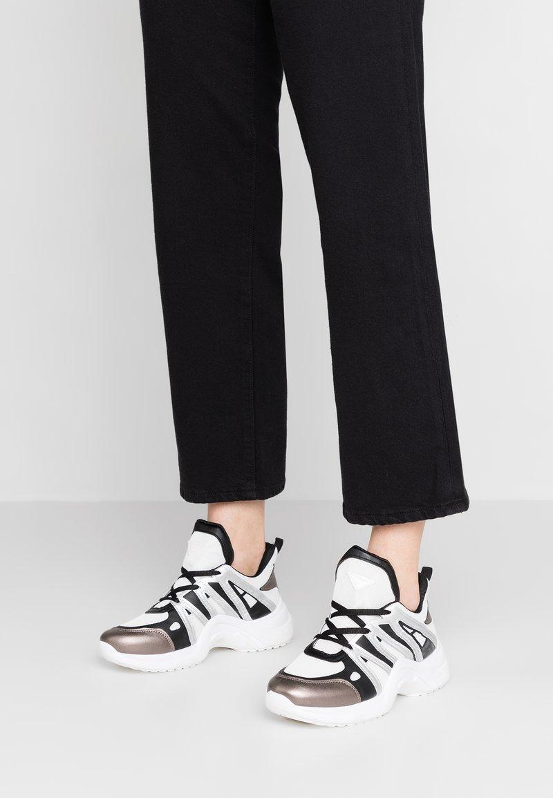 EGO - NIKKI - Sneaker low - white/grey