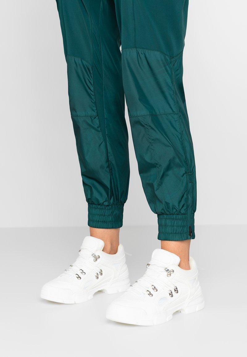 EGO - SHORTY - Sneakers - white