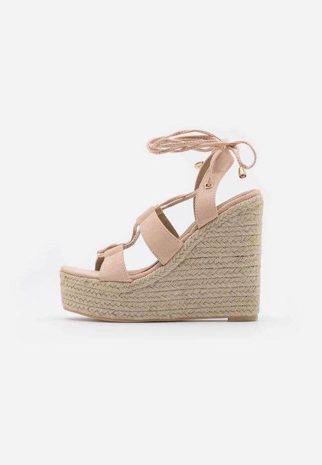 HATTIE - Sandalen met hoge hak - nude