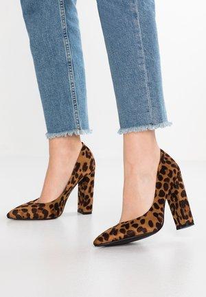BOBBI - Zapatos altos - tan
