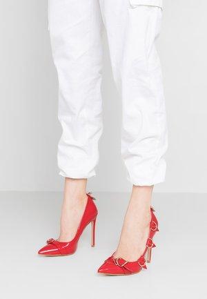 ALEKO - High heels - red