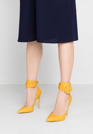 STEFANO - High heels - yellow