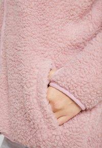 Eivy - REDWOOD SHERPA JACKET - Fleece jacket - faded pink - 4