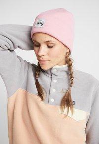 Eivy - WATCHER - Bonnet - faded pink - 1
