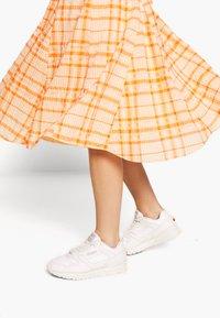Envii - SKIRT - Áčková sukně - orange - 3