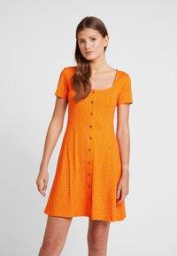 Envii - WIMBLEY DRESS - Jerseyjurk - orange - 0