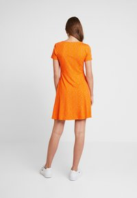 Envii - WIMBLEY DRESS - Jerseyjurk - orange - 2
