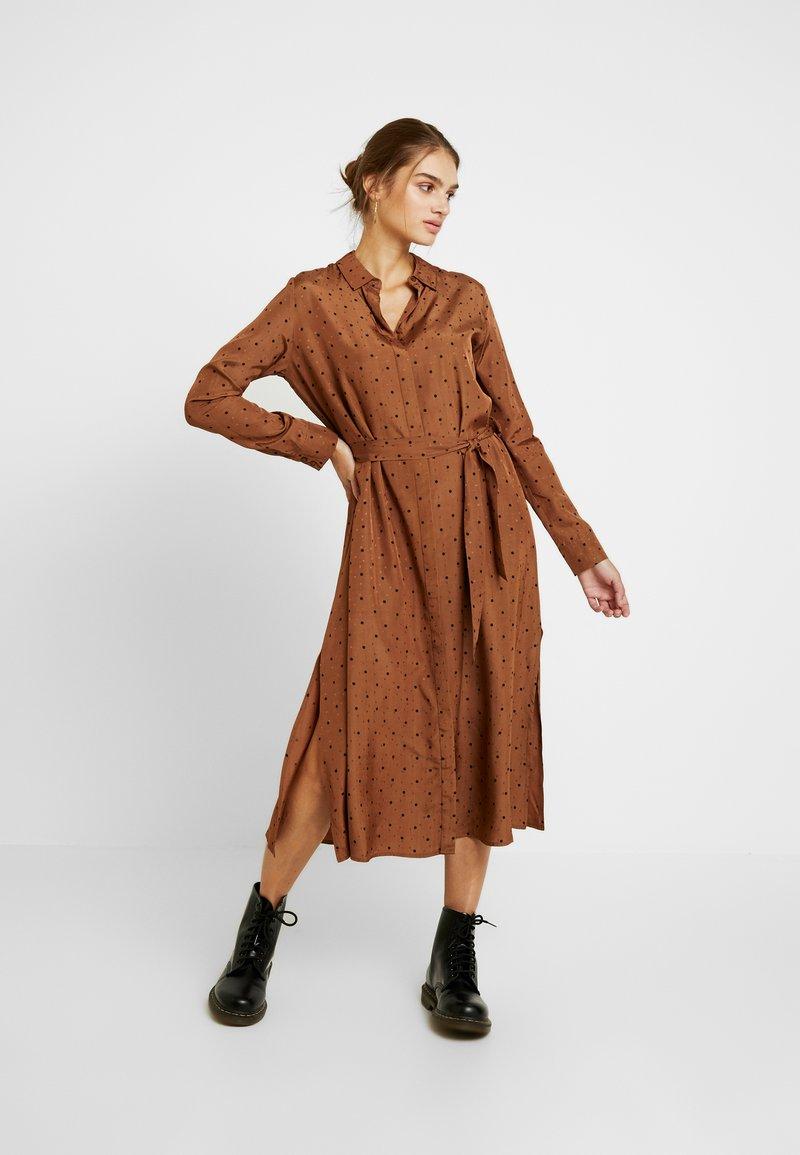 Envii - ENDATE DRESS - Maxi dress - toffee