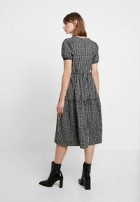 Envii - ENHAZEL DRESS - Denní šaty - timber - 3