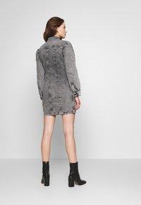 Envii - ENSPRUCE DRESS - Denimové šaty - black stone - 2