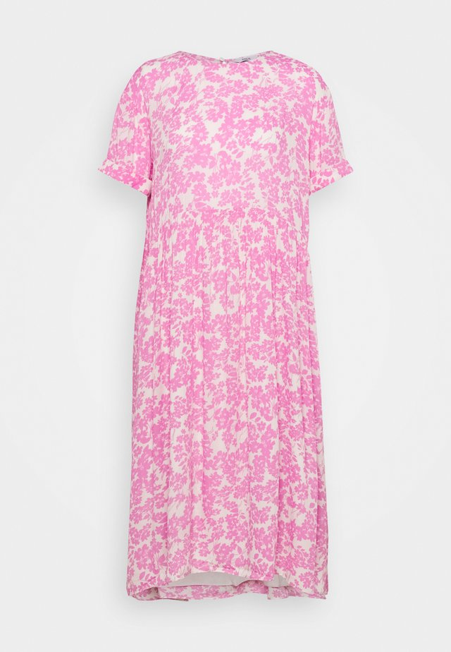 ENASTER DRESS - Korte jurk - acid fuchsia