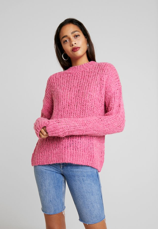 ENCOLDEN - Stickad tröja - fuschia