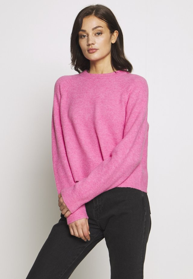 ENSOYA - Strickpullover - fuchsia pink