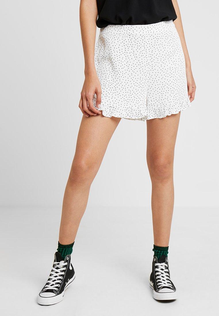 Envii - ENTARZANA - Shorts - cream