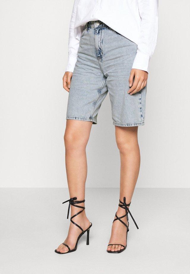 ENBIRCH  - Denim shorts - vintage light blue