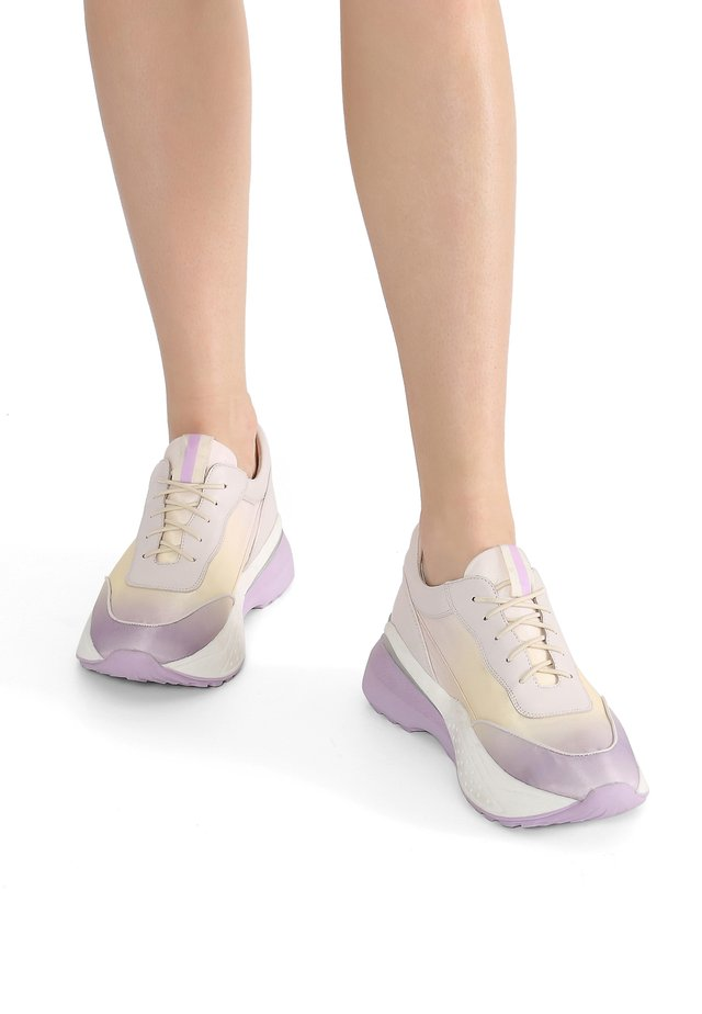 Sneakers laag - yellow-violet