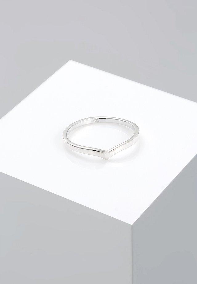 BASIC V-FORM - Ring - silver-coloured