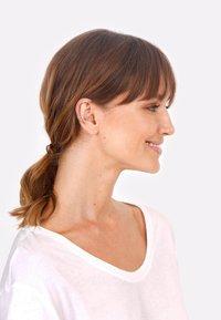 Elli - EARCUFF GEDREHT TREND - Earrings - gold-coloured - 2