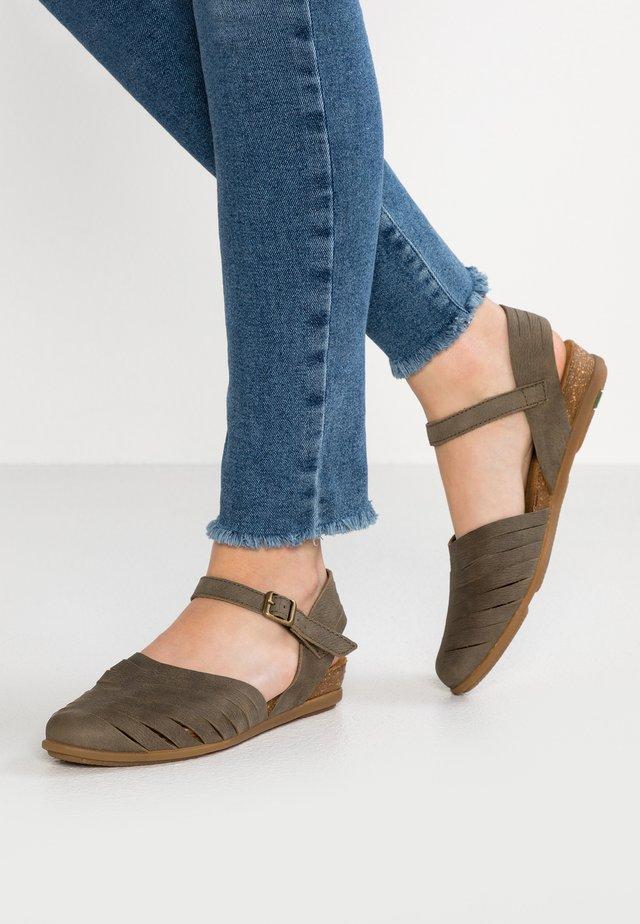 STELLA - Sandals - kaki