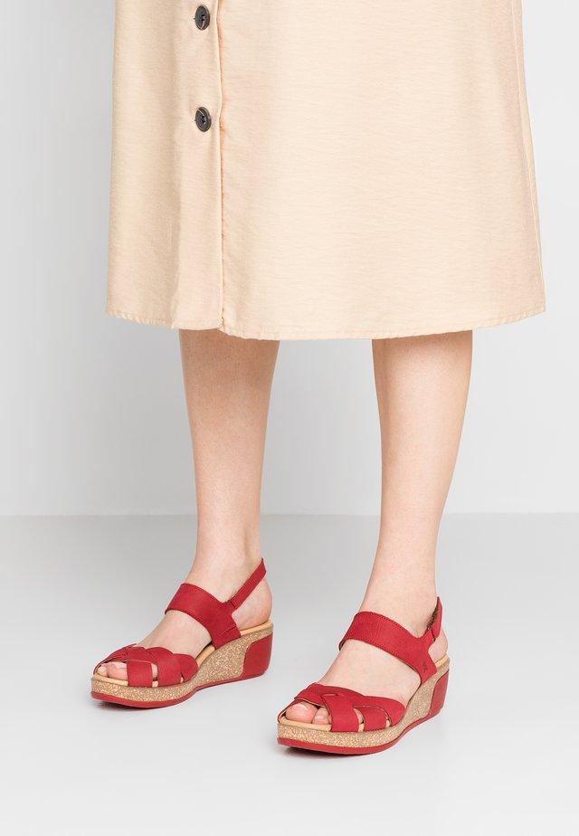 LEAVES - Platform sandals - tibet