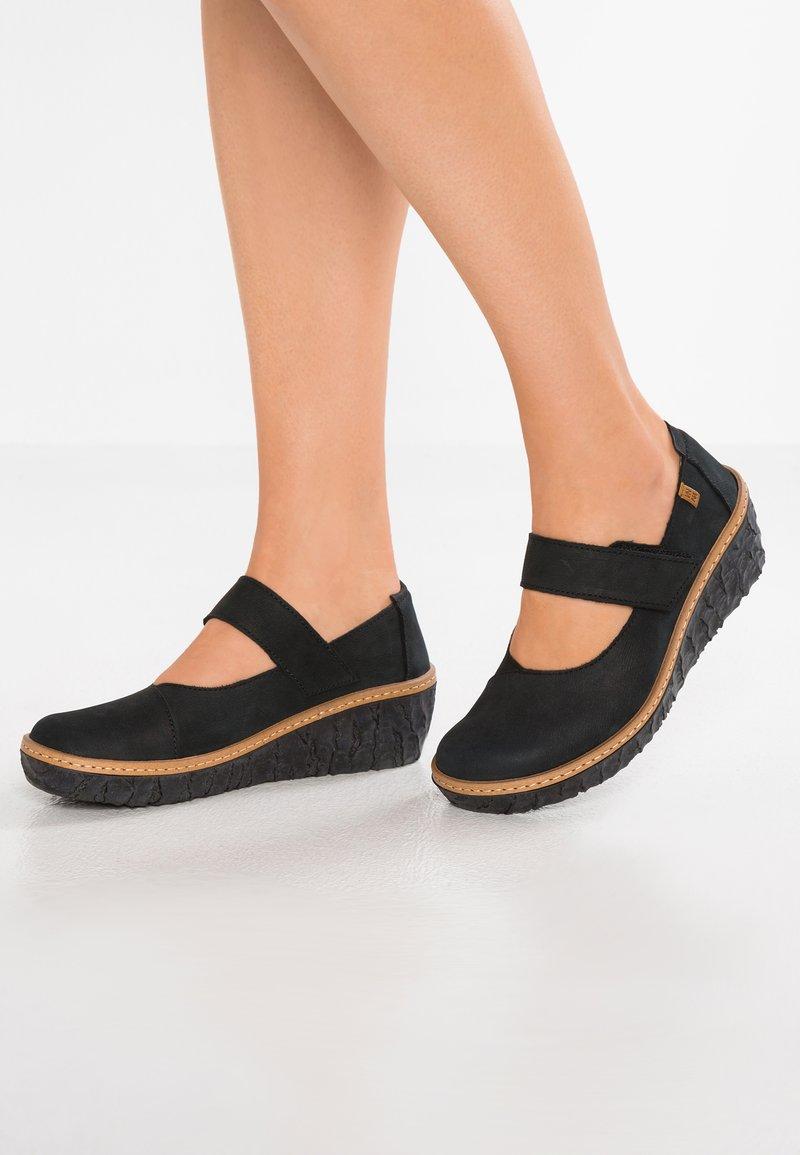 El Naturalista - MYTH YGGDRASIL - Platform heels - black