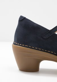 El Naturalista - AQUA - Classic heels - ocean - 2