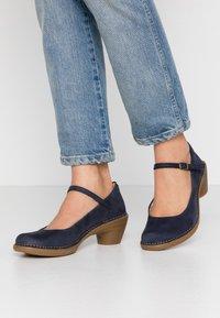 El Naturalista - AQUA - Classic heels - ocean - 0