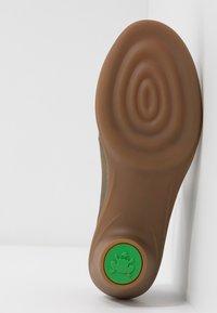 El Naturalista - AQUA - Classic heels - kaki - 6