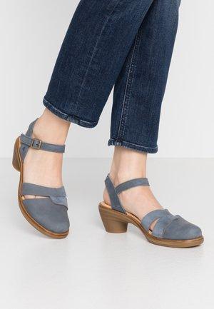 AQUA - Classic heels - vaquero