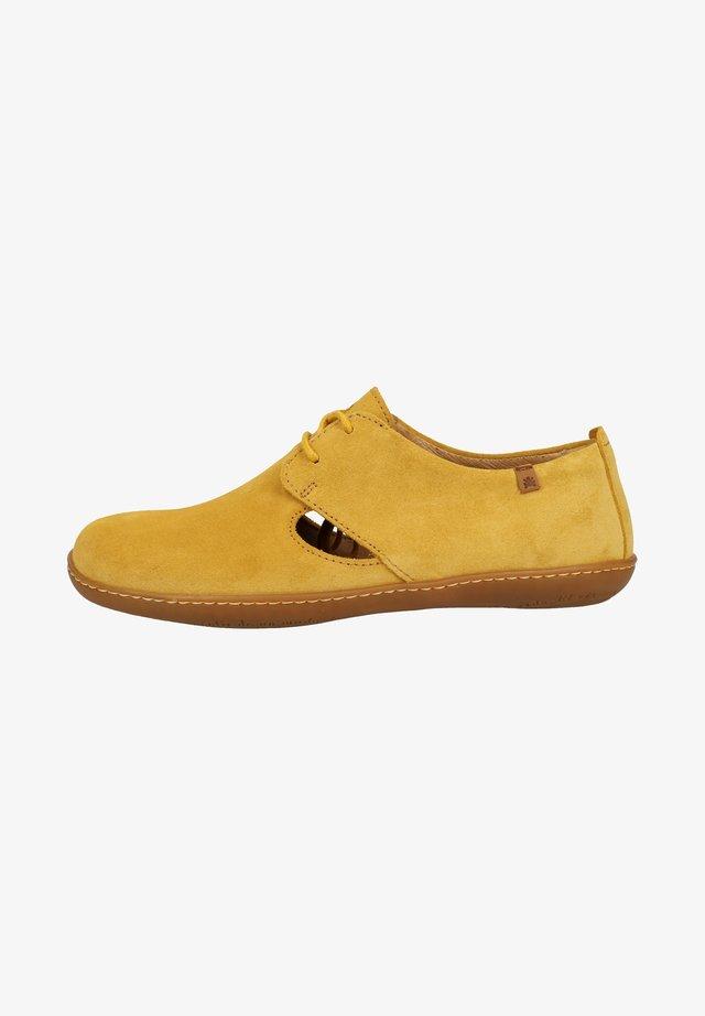 EL NATURALISTA HALBSCHUHE - Casual lace-ups - yellow