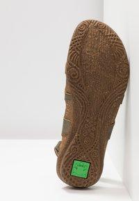 El Naturalista - WAKATAUA - Slingback ballet pumps - kaki - 6