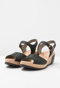 El Naturalista - LEAVES - Platform sandals - black - 3
