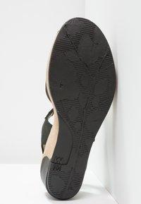 El Naturalista - LEAVES - Platform sandals - black - 5